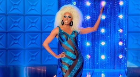FYI: This is the goddess pose I copied from Rupaul.